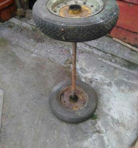 Ось с колёсами для тележки