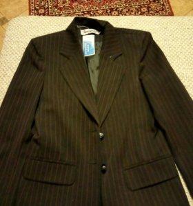 Новый пиджак школьный