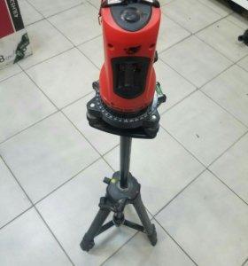Профессиональный лазерный уровень