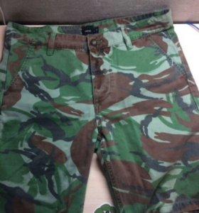 Камуфляжные  шорты asos