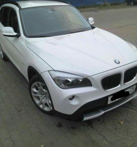 Автомобиль BMW X1 2.0 AT