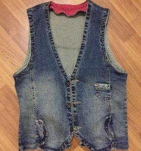 мужская джинсовая жилетка