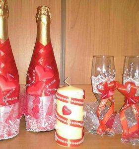 Свадебные бокалы, бутылки, свечи