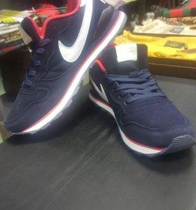 Женские кроссовки Nike Air