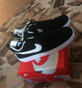 Nike Court Borough Low Black/White
