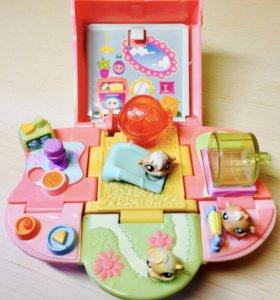 Домик с хомячками Littlest PetShop.