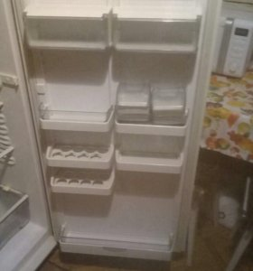 Продается отличный холодильник Atlant