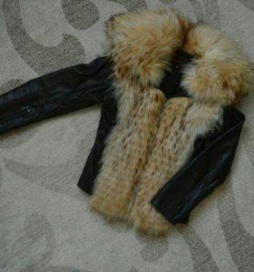 Утепленная кожаная куртка с лисьим мехом