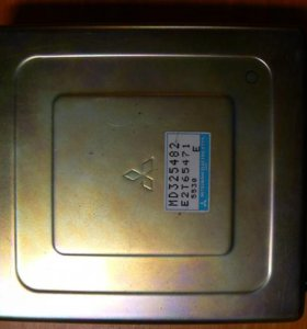 блок управления (ЭБУ) MD325482