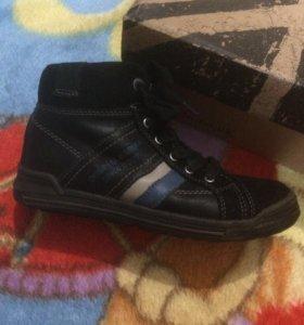 Ботинки для мальчика размер 32
