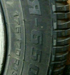 2 грязевые новые шины на 13