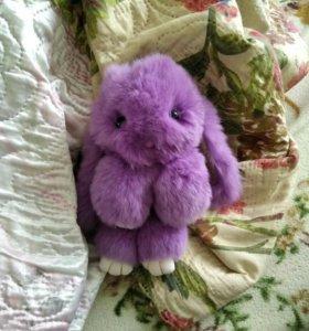 Брелок-кролик. Срочно продам