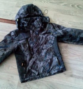 Куртка на мальчика осень-весна!