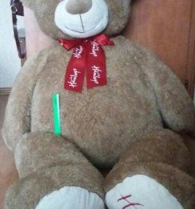 Большой медведь Hamleys