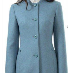Пальто новое 44