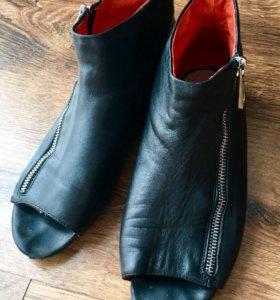 Ботинки(мокасины)женские