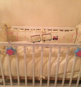 Пластиковый защитный барьер на кроватку