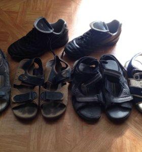 Детская обувь сандали кроссовки