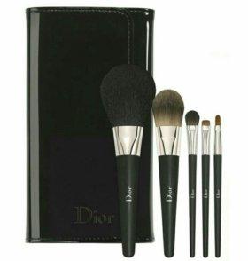 Кисти для макияжа Dior