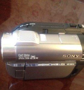 Видеокамера DCR-DVD710E