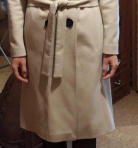 Пальто женское 44
