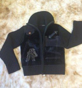 Куртка на мальчика 4-5 лет