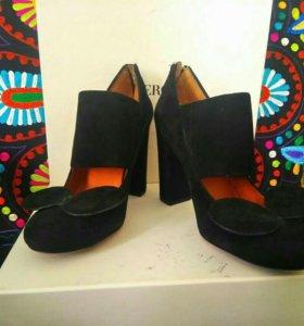 Фирменные туфли от Marc Jacobs
