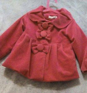 Пальто для девочки 2-4 года,демисезонное