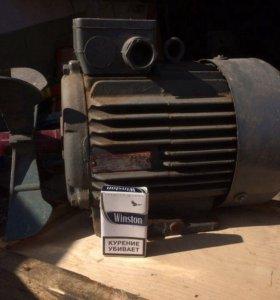 Двигатель асинхронный АИРМ112М4