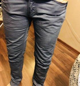 Продам брюки Hoose