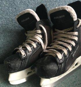 Хоккейные коньки Bauer Supreme 140