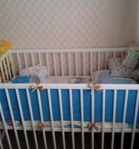 Детская кроватка(ванночка с горкой в подарок)