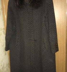 Пальто зимнее 56р-р