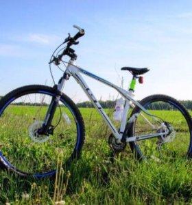 Горный велосипед GT KARAKORAM 3.0