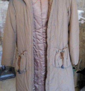 Теплое длинное пальто-пуховик