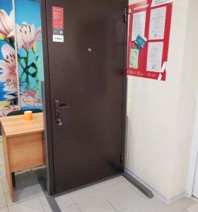 Металлическая дверь Строитель