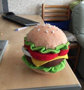 Гамбургер из фетра ручной работы