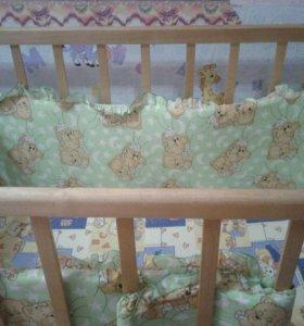 Детская кроватка маятник с колесиками