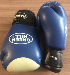 Боксёрские перчатки 10 oz.