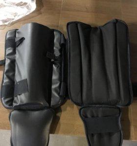 Защита для ног кикбоксинг карате 31 пара
