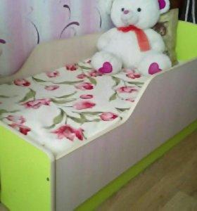 Кровать с ортопедическим матрассом