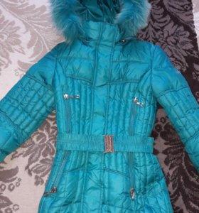 Зимнее пальто на девочку 8-10 лет