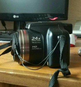 Полупроф фотоапрарат Panasonic Lumix DMC-FZ45