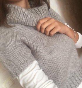 Теплая накидка-свитер