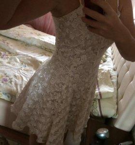 Волшебное кружевное платье
