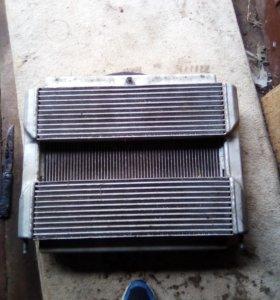 Радиатор двигателя с интеркулером Cummins /Камминз