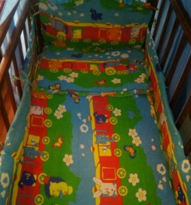 Детская кроватка, матрас, мобиль....