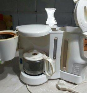 Кофемашина и чайник.