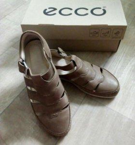 Ботинки ecco женские 37р