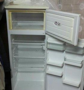 Продаются два хололдтльника